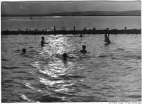1968. Vízipólómeccs a vitorlás kikötőben